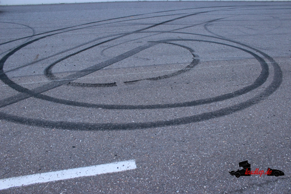 Burnout auf dem Raceway Venray? Natürlich! © André Wiegold