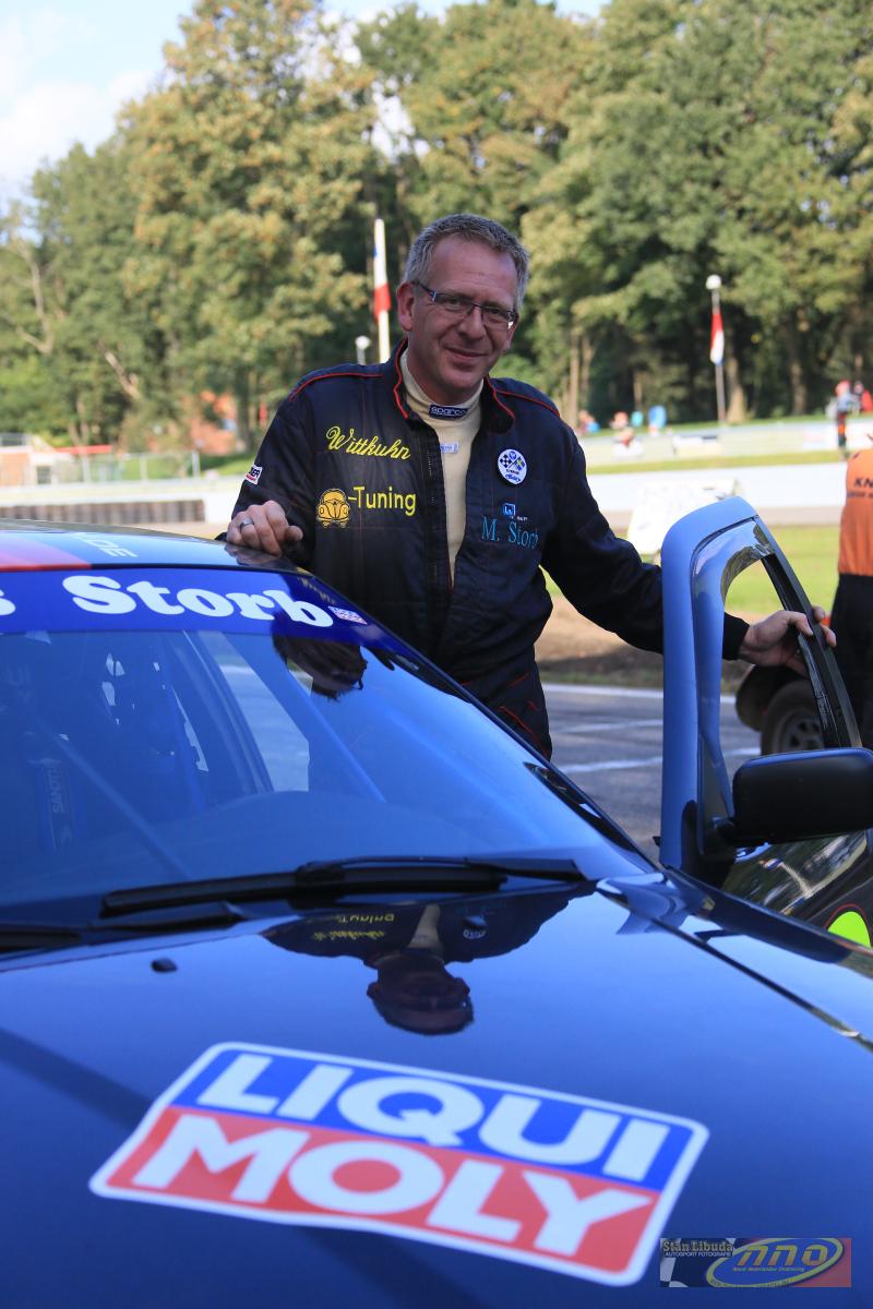 Markus Storb nach einem erfolgreichen Rennen © Stan Libuda Autosport Fotografie