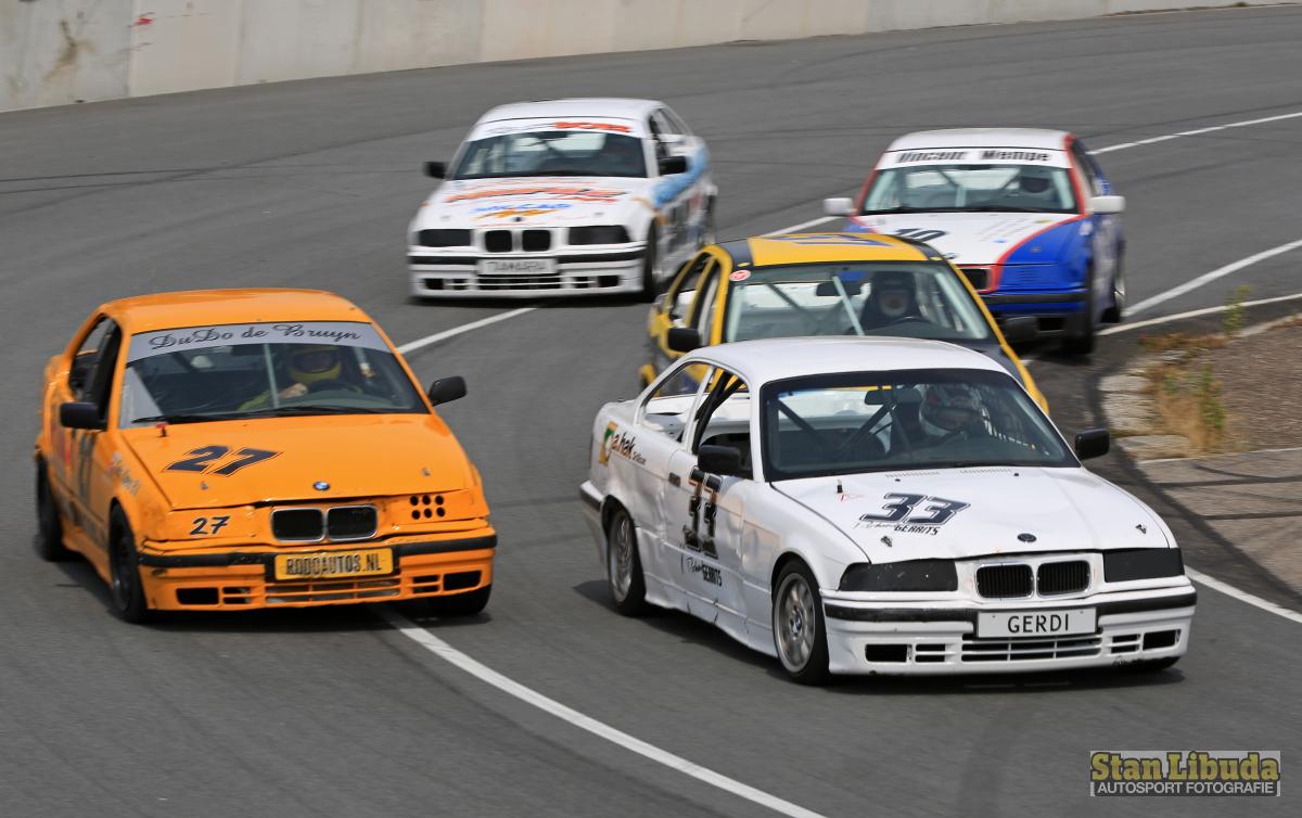 Die BMWs geben in Lelystad richtig Gas! © Stan Libuda Auto Fotografie