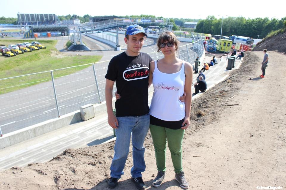 Sarah und ich in Turn 4 des Ovals © André Wiegold